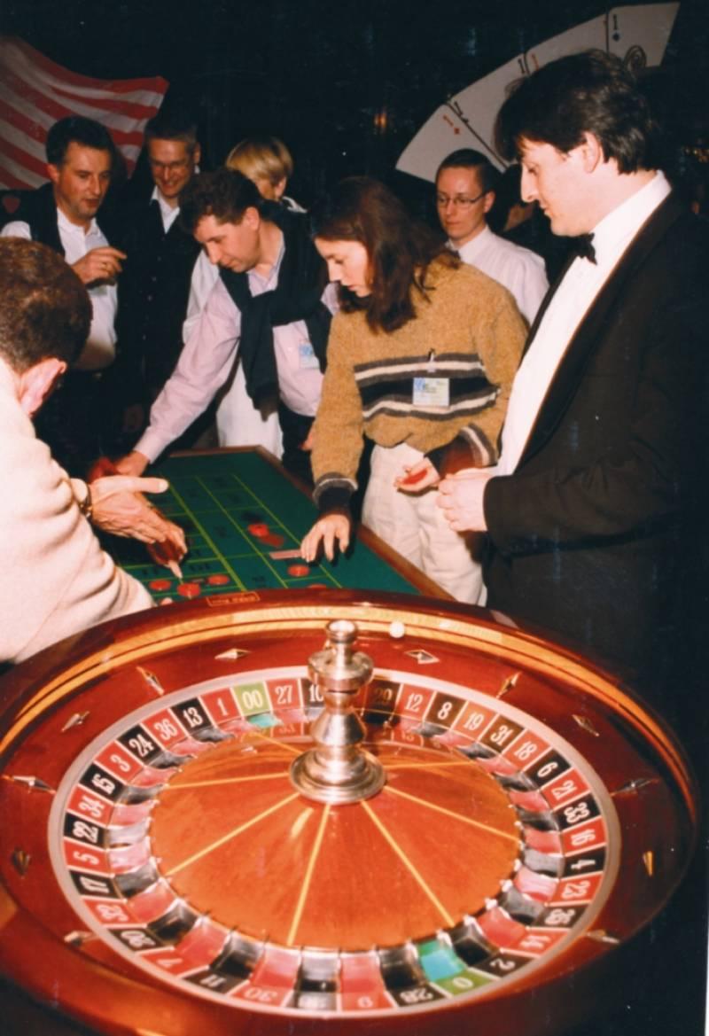 animation soir e casino poker black jack dans le var organisateur soir e var vosta. Black Bedroom Furniture Sets. Home Design Ideas
